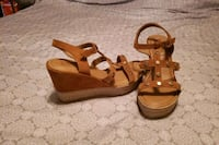 Wedge sandals- 9.5 W Alexandria, 22303
