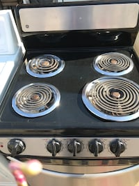 Black and stainless steel 4-coil electric range Columbia, 21044