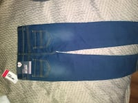 blue denim jeans with black leather belt Colorado Springs, 80920