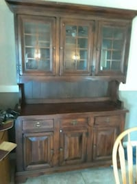 wooden cabinet with glass doors Redding, 96003