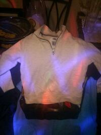 Pull over sz 2 Akron, 44301