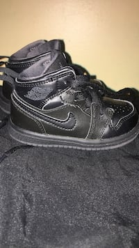 Black Air Jordan shoes  Washington, 20018