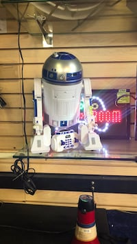 White and blue R2D2 Fayetteville, 28303