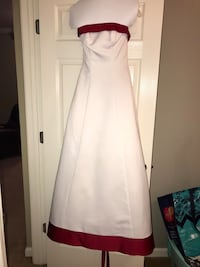 White and red wedding dress Chelsea, 35043