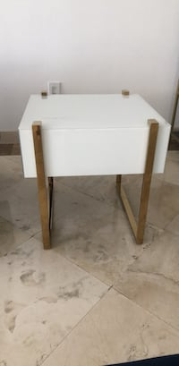white and brown wooden table Cayo Biscayne, 33149