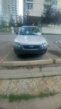 2005 Ford Escape for parts Calgary