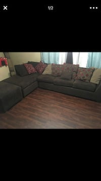 Chocolate brown sectional all pillows included ottoman also!! No smoking no bedbugs in good shape!! Phoenix, 85031