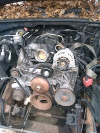 5.3l  LS motor.   Came out of 2002 chevy Tahoe Accokeek, 20607
