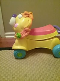 Fisher Price Walker/Ride on toy Virginia Beach, 23464