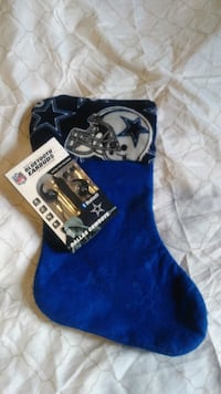 Cowboys xmas stocking and cowboys Bluetooth earpho Riverside, 92504