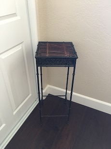 2 1/2' decor stand or side table.