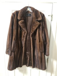 Nicole Miller Fur Coat Rockville, 20853