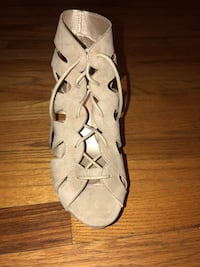 pair of white leather open toe ankle strap heels Shepherdstown, 25443