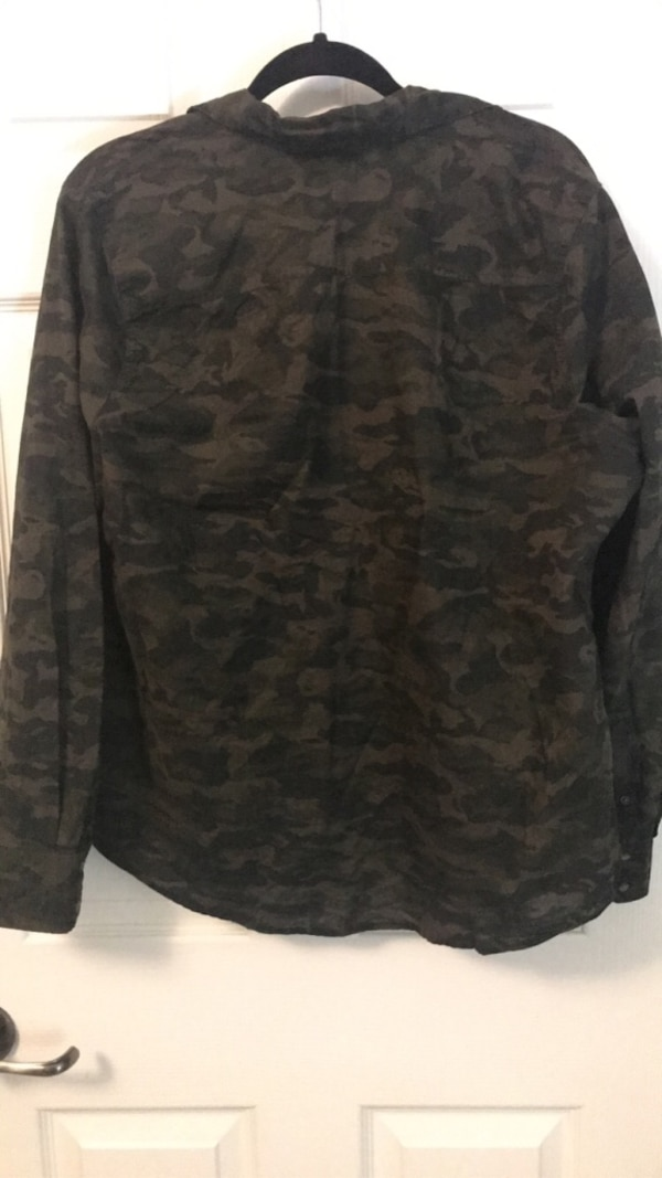 Two XLarge Green Long Sleeves - One Camo and One Plaid dc48d426-5f73-4703-a870-094adc81be89