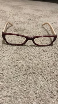 Burberry glasses  Carson City, 89706