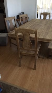 Beautiful dining set with four chairs and bench from world market. Excellent condition Roseville, 95678