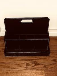 black leather bi-fold wallet Falls Church, 22041