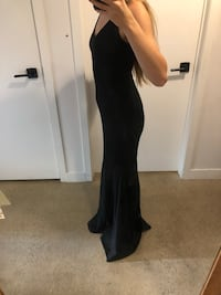 Black Floor Length Gown Toronto, M5A 3J7