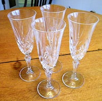 Set Of Four Long Stemmed Cut Crystal Champagne Flutes Jamestown