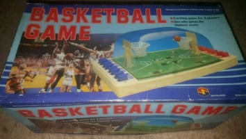 Basketball collectable game