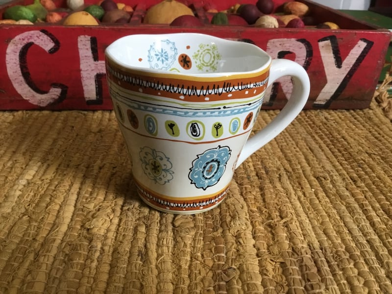 ASSORTED MUGS ~ DIFFERENT WEIGHT AND COLORS f4d57805-cfec-4f76-9016-f5e16e3a01d3