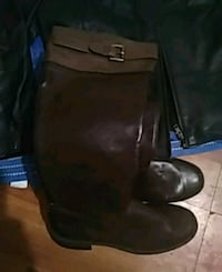 brown & black Boots