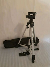 Soligor T157 tripod / adjustable height / gently used Mississauga, L5N 7E1
