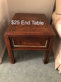 End Table Fallston, 21047