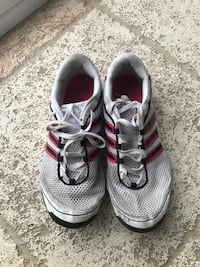 Adidas running shoes Vaughan, L6A 0L3