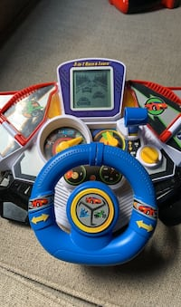 Driving race car toy