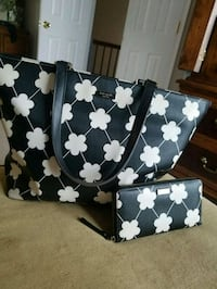 Kate Spade hand bag and wallet set 42 km
