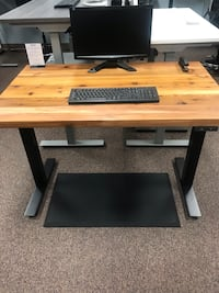 Western Red Cedar -electric sit-stand office desk Tigard, 97223