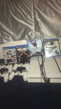 Ps4 4 controllers and games
