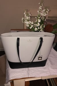 cute gray and black kate spade bag in excellent condition like new Owings Mills, 21117