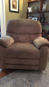 recliner Mount Airy, 21771
