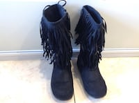 Black boots  in grate conditions for kids size 13 Hamilton, L8V 4K6