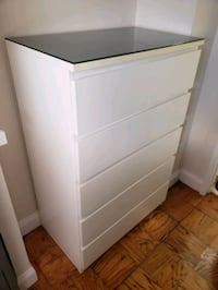 Dresser - 6 drawers with glass top Washington, 20020