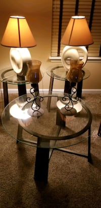 Glass Round Coffe table, 2 end tables, lamps, center pieces Millsboro, 19966