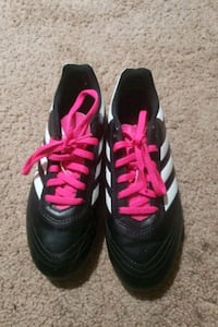Childrens Adidas Sport Shoes with tread size 4 $12 OBO
