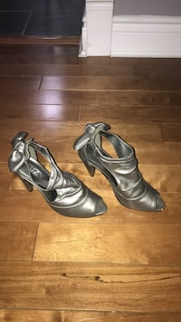 pair of gray leather open-toe heeled sandals Bolton, L7E 1C8