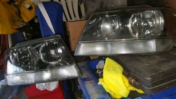 01 jeep grand Cherokee  headlights