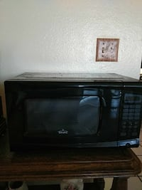 black Rival microwave oven