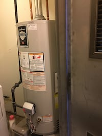 Used 40 gallon hot water heater in wallkill for Used hot water heater