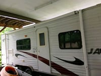white and brown RV trailer Charles Town, 25414