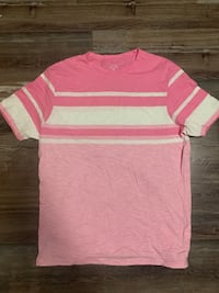 Pink and white stripe crew neck shirt Barrie, L4N 7M3