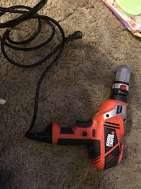Black and decker power drill with removeable chuck. barely used Nicholasville, 40356