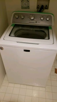 white top-load clothes washer, includes warranty.  Burnaby, V5H 4V4