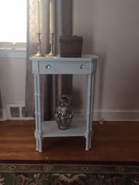 Antique Repro/Shabby Chic Side Table in Silver Strand with Glass knobs
