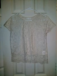 Ladies small lace tshirt Euless, 76040