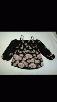 women's black, pink, and green floral long-sleeved Bakersfield, 93304